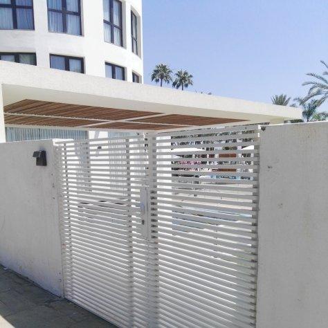 גדר אלומיניום מלון יו בוטיק טבריה