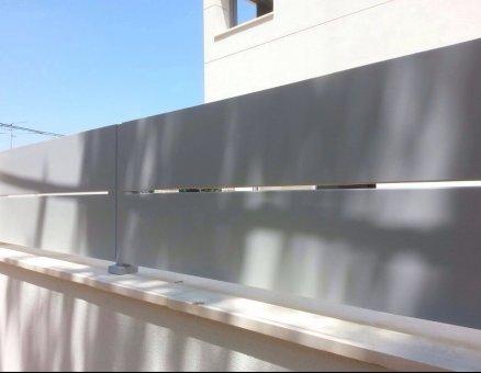 דגם ירון מעוצב-סנפיר שערים