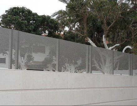 חברת סנפיר גדר דגם צף