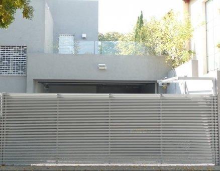 חברת סנפיר-שער צף איכותי