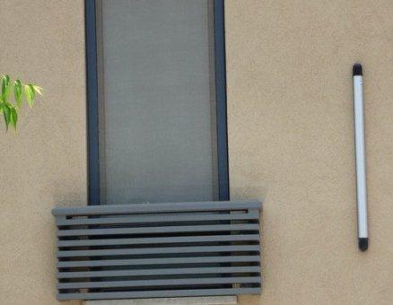 מעקה נמוך למרפסת