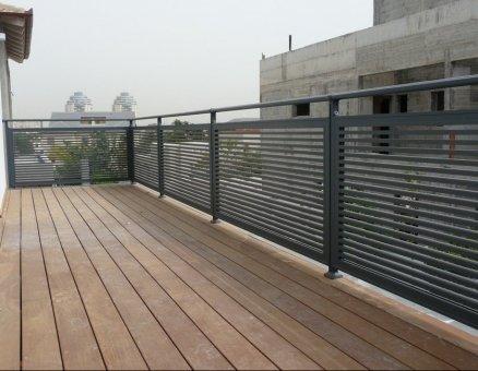מעקות מעוצבים ויחודיים למרפסות