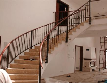 סדרת בר-להגנה מנפילה במדרגות