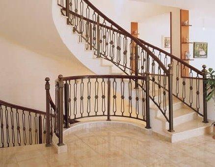 סנפיר מעקות אלומיניום לבטיחות במדרגות