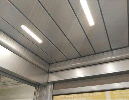 פרגולת אלומיניום דמוי ברזל עם תאורה