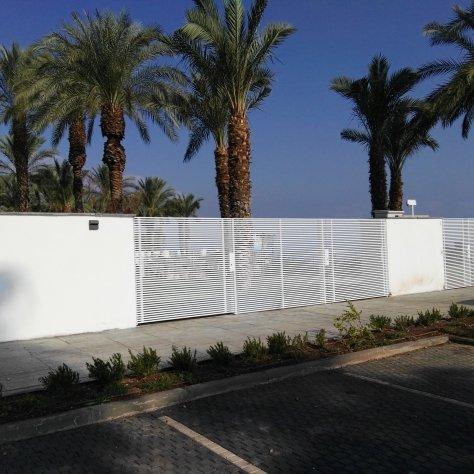 שערים חשמליים פרויקט מלון בוטיק